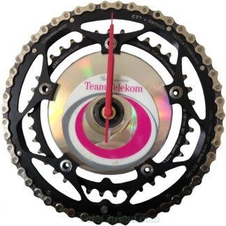 horloge decorative, velo horloge murale, velo design, cyclisme, velo cadeau, eco-horloge, bike clock, cycling, ecofriendly gift, StrongLight, recycled bicycle gear desk clock, upcycled clock, bicycle clock, cycling gift,
