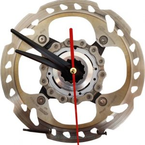 horloge decorative, velo horloge de bureau, velo design, cyclisme, velo cadeau, eco-horloge, bike clock, cycling, ecofriendly gift, Shimano, recycled bicycle gear desk clock, upcycled clock, bicycle clock, cycling gift,