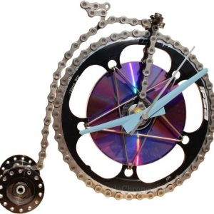 horloge decorative, velo horloge de bureau, velo design, cyclisme, velo cadeau, eco-horloge, bike clock, cycling, ecofriendly gift, FSA, recycled bicycle gear desk clock, upcycled clock, bicycle clock, cycling gift, velo grand-bi