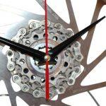 velo horloge de bureau, velo design, cyclisme, velo cadeau, eco-horloge, bike clock, cycling, ecofriendly gift, Shimano, recycled bicycle gear desk clock, upcycled clock, bicycle clock, cycling gift,